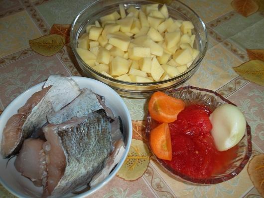 Рыбная запеканка с картофелем в сметанном соусе