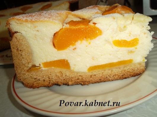 Рецепт творожного пирога с персиками
