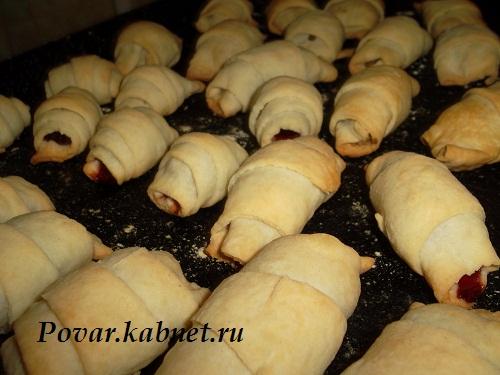 Печенье на жиру с вишней