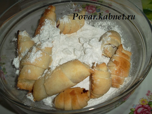 Песочное печенье с вишней