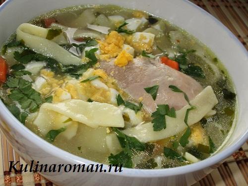 суп на курином бульоне с домашней лапшой