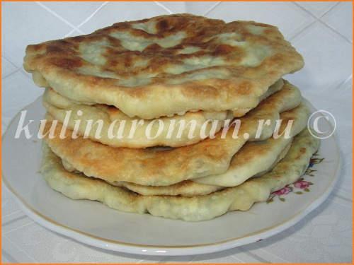 moldavskie-placindy-s-tvorogom-i-zelenyu