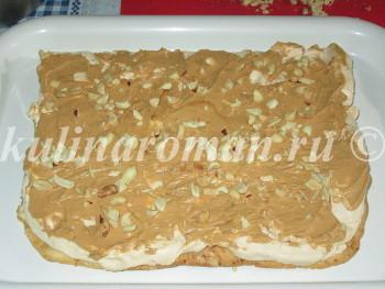 торт с кремом из сгущенки с арахисом