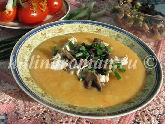 картофельный суп с грибами и грудинкой
