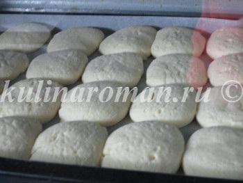 печенье выпекается в духовке