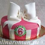 Торт из мастики с бантом
