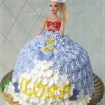 торт в виде куклы