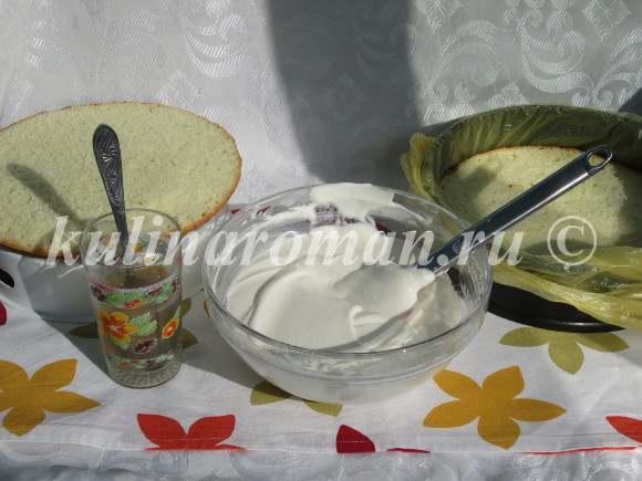 бисквитный торт со сметанным суфле