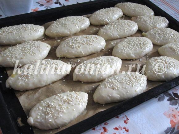 печеные пирожки в духовке