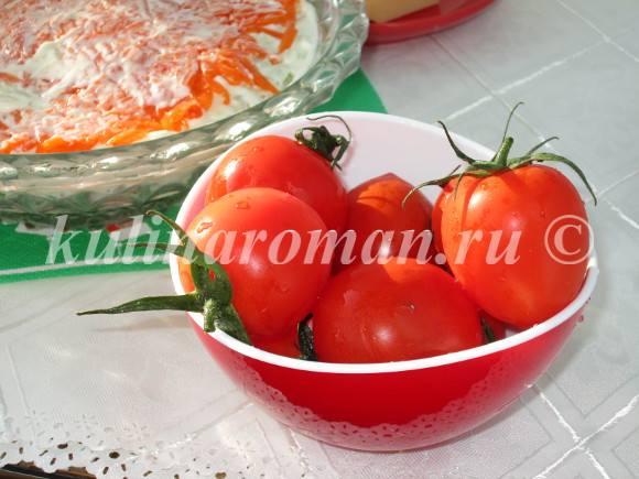 украшаем салат с курицей помидорами черри
