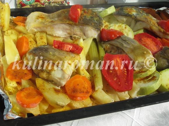 запеченные овощи с карпом