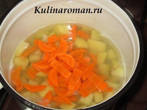 суп на курином бульоне с яйцом