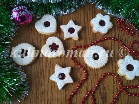 рождественское печенье с джемом