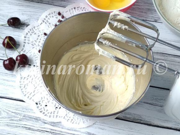 ягодный пирог на молоке