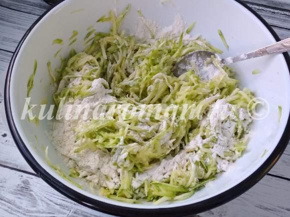 кабачковые оладьи