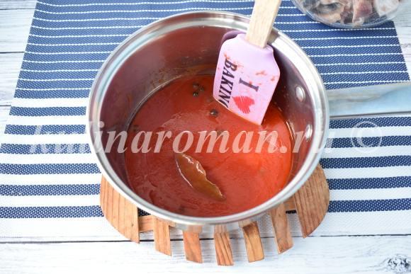 сельдь в томатном соусе