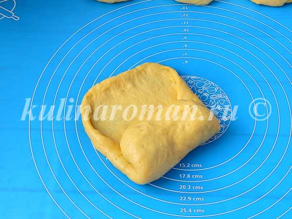 округляем тесто в шар